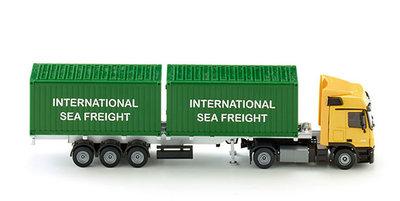 Siku vrachtwagen met containers (schaal 1:50)